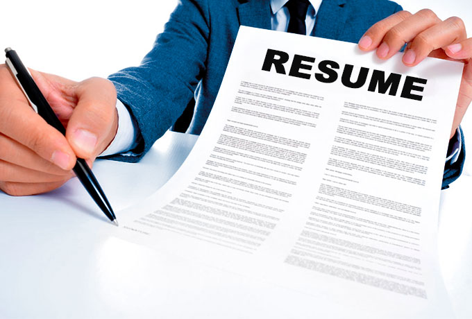 http://www.guillaumeprebois.com/general/essential-things-to-consider-while-getting-a-professional-resume-writer.htm